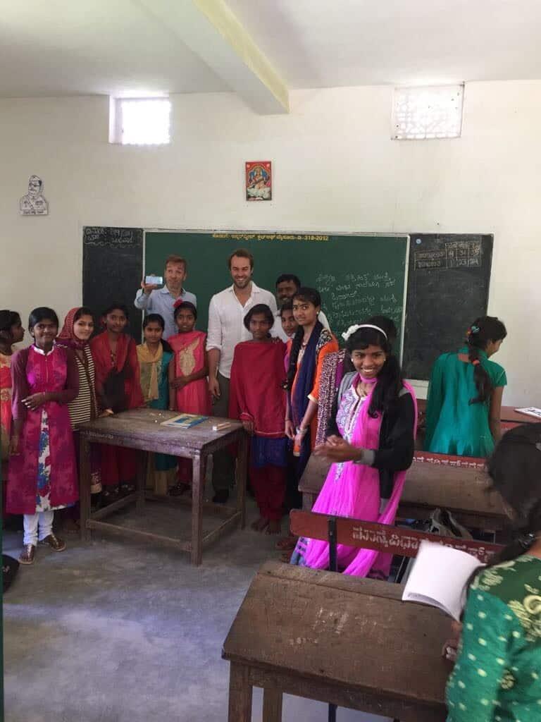 TINEN - RT21 Belgium tablets visiting Mysore